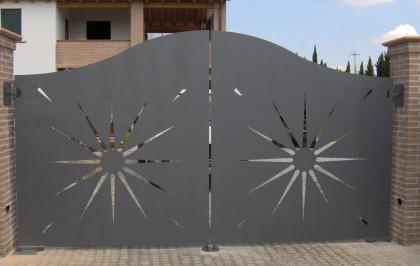 Cancello in lamiera zincato e verniciato