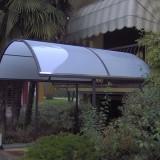 Capottina ingresso abitazione verniciata antracite